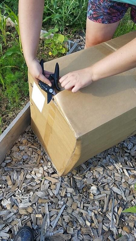Mulchen Paket öffnen